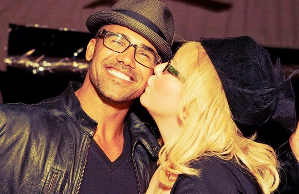 Kirsten Vangsness dated